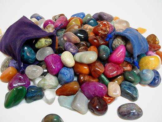 Akmenys pagal zodiako ženklą